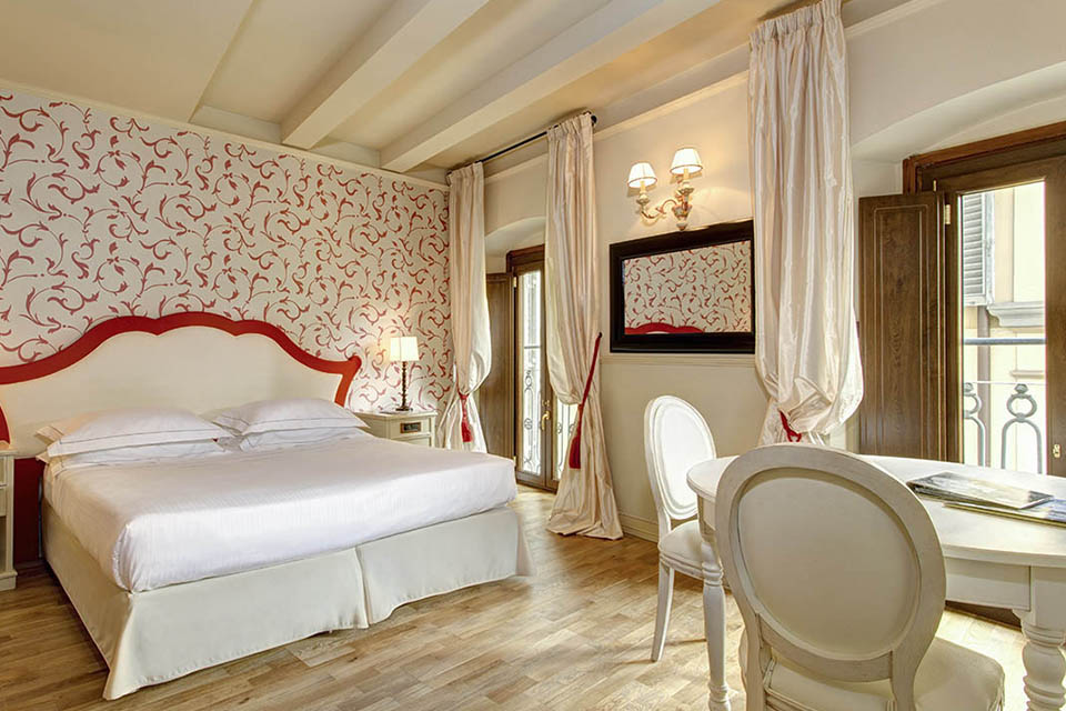 Grand Hotel Cavour Florence Italy At Hand